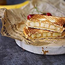 花生酱香蕉三明治