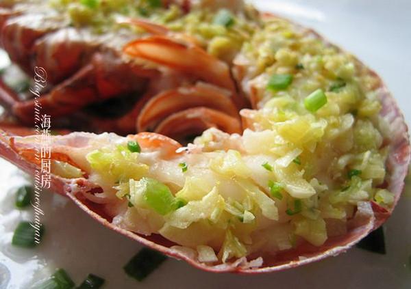 简单方法做诱人口水的贵客菜--【蒜蓉蒸开片龙虾】的做法