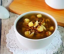 夏季解暑:绿豆莲子百合汤的做法
