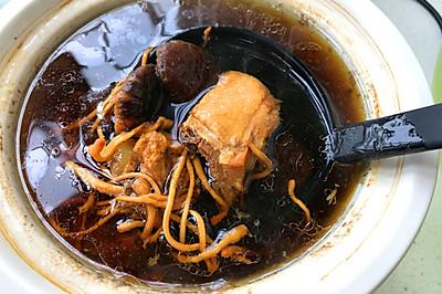 养生元气好汤-虫草花香菇炖鸡汤