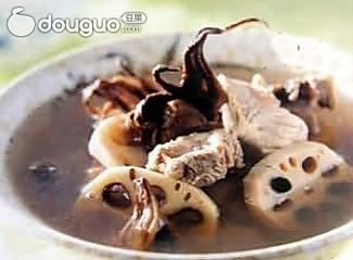 消暑健胃山楂莲叶排骨汤的做法