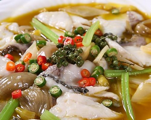 史上最棒的鱼——红汤芹香鱼的做法