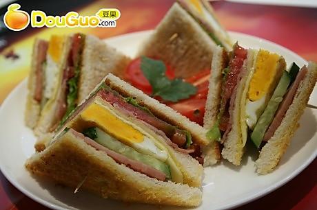 澳门美食:总汇三明治