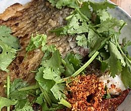 适合老人孩子吃的香煎罗非鱼。的做法