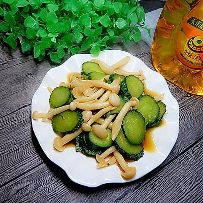 黄瓜炒白玉菇