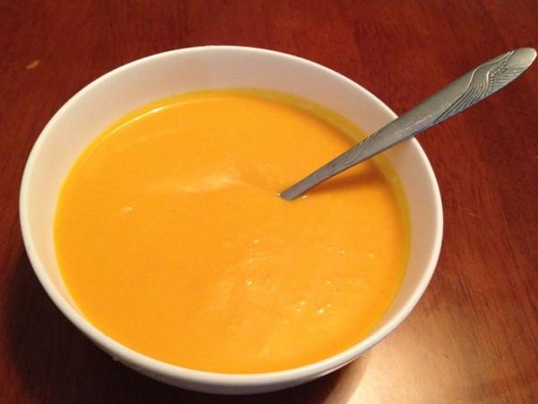 简单好吃的奶油南瓜羹的做法