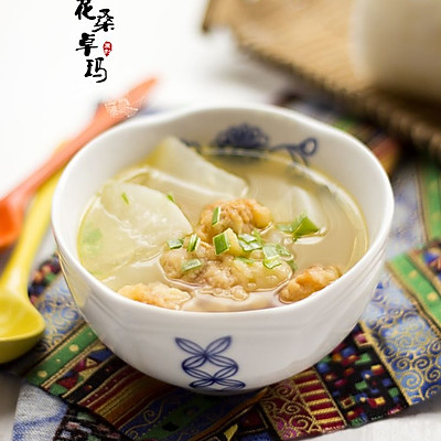酥肉萝卜汤——初冬必备的暖胃汤