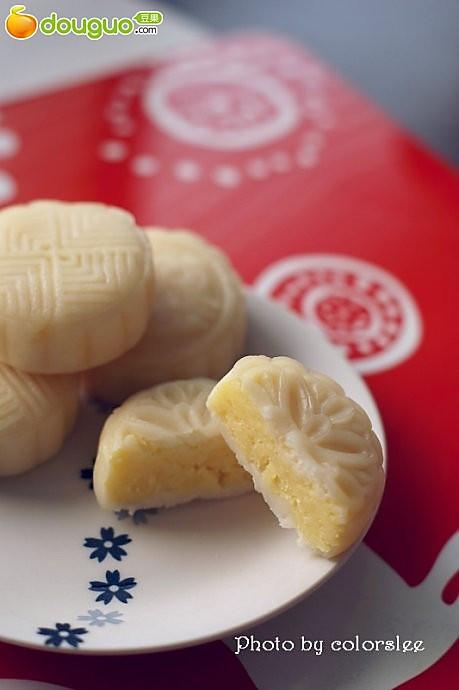椰香芝士奶黄冰皮月饼的做法