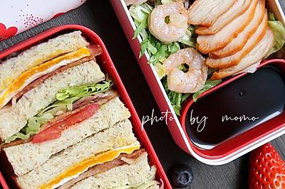 虾仁鸡胸肉沙拉&全麦培根三明治