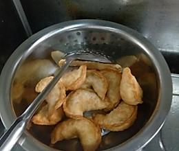 河南地道小吃:油炸菜角的做法