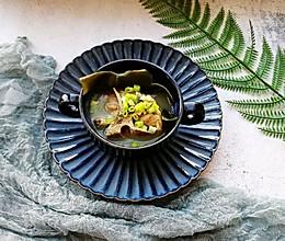 #餐桌上的春日限定#春季滋补~海带排骨汤的做法