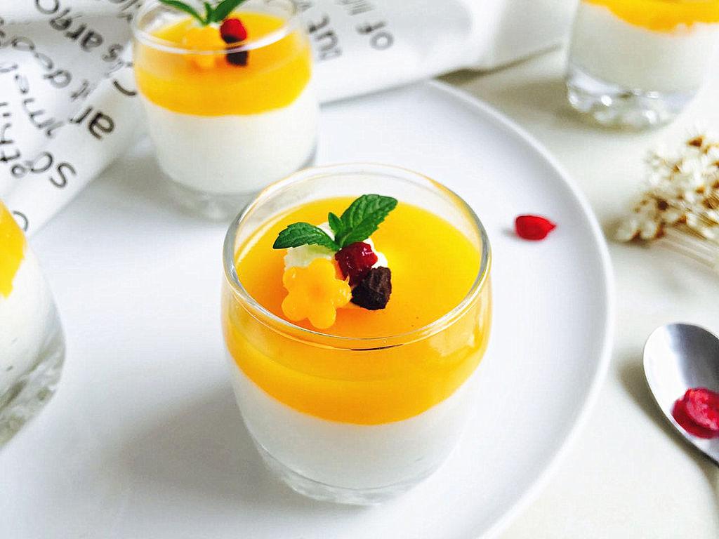 芒果酸奶杯子蛋糕(无需烤箱)#豆果5周年庆#的做法