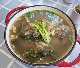 牛脊骨海带汤的做法