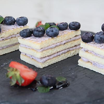 优雅高贵的——蓝莓蛋糕