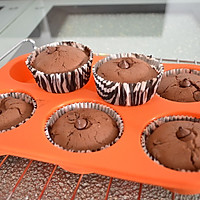 巧克力马芬杯(杯子蛋糕)的做法图解7
