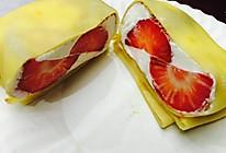 草莓&芒果班戟的做法