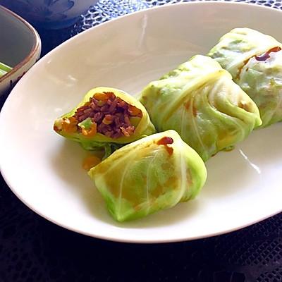 圆白菜包饭(附西兰花茎不浪费方法)—— 素食·一人食