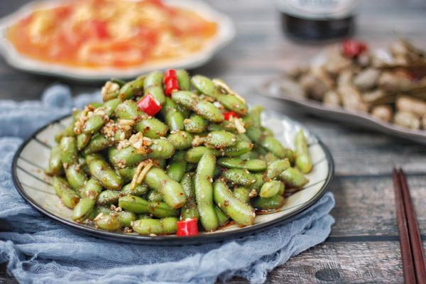 #花10分钟,做一道菜!#凉拌毛豆的做法