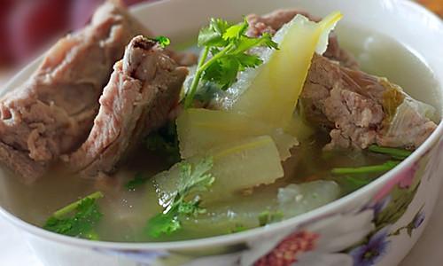 冬瓜排骨汤的做法