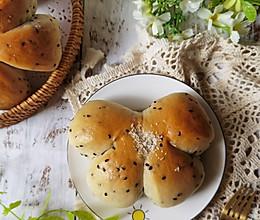 #厨房有维达洁净超省心#黑芝麻熊掌小面包!养颜又美容!的做法