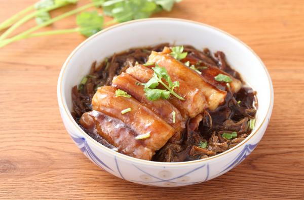 梅菜蒸猪肉的做法