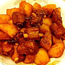 Winnie私房菜--土豆焖排骨