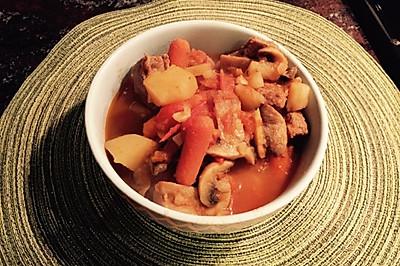 豪华版【番茄炖牛肉】(内含口蘑,土豆,红萝卜)