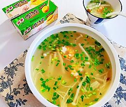 #饕餮美味视觉盛宴#虾仁菌菇汤的做法
