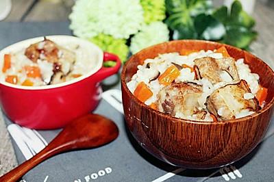 孩子瞬间就吃光光的美味,只用一个电饭锅就能搞定!排骨焖饭