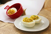 西芹沙拉鸡蛋杯的做法