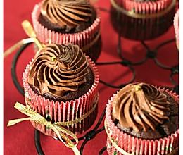 绝对巧克力杯子蛋糕的做法