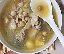 莲子炖老母鸡汤的做法