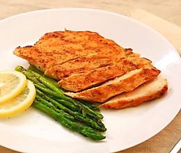 香煎鸡胸肉—迷迭香的做法