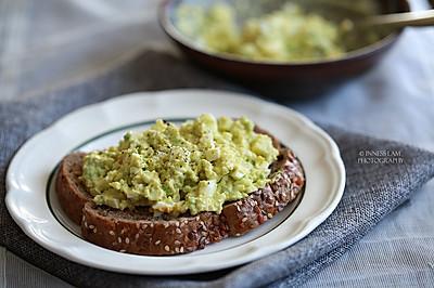 快手减脂早餐【牛油果鸡蛋沙拉】 #一起吃西餐#