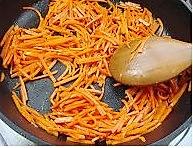 胡萝卜炒鸡蛋的做法图解3