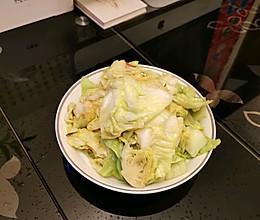 #夏日消暑,非它莫属#上班族快手→手撕包菜的做法