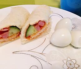 吐司蔬菜火腿卷(简单美味的快手早餐)的做法