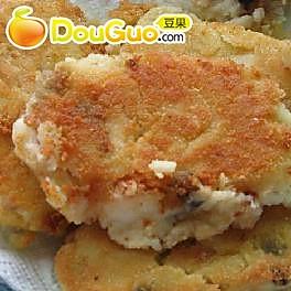青鱼土豆饼的做法