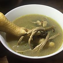 茶树菇灵芝鸡汤