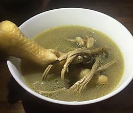 茶树菇灵芝鸡汤的做法