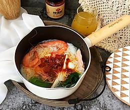 鲜虾时蔬米线的做法