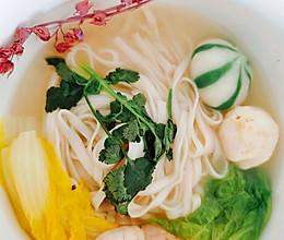 蔬菜海鲜面的做法