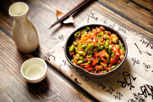 家常菜-辣椒毛豆炒肉沫的做法