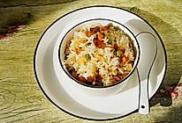 #硬核菜谱制作人#腊肉焖饭的做法