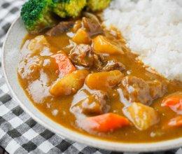 日食记丨咖喱牛腩拌饭的做法