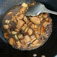红烧肉炖鹌鹑蛋的做法图解12