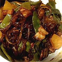 五花肉炖油豆角粉条