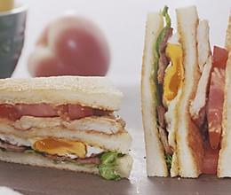 【三明治】两颗鸡蛋做个能量餐,漂亮!的做法