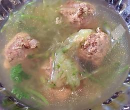 羊肉丸子萝卜汤的做法