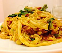 金针菇炒肉的做法